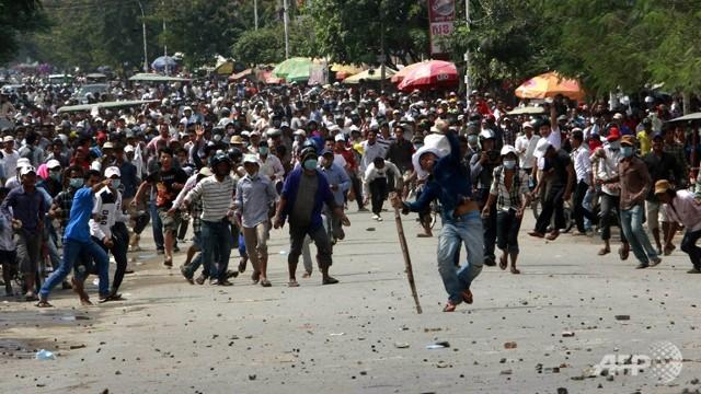 Petite femme morte au Cambodge
