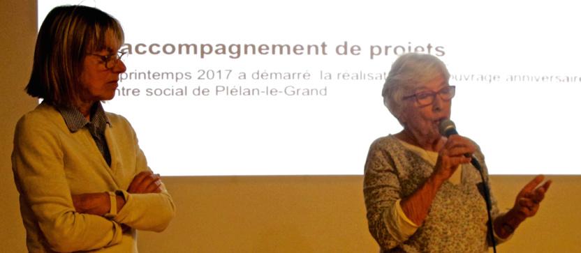 """Cathy et Claude, d'ATD-Quart Monde, présentant le blog """"1001 histoires"""""""