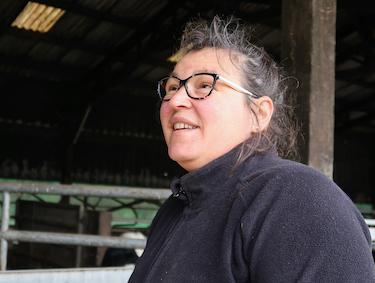 De ses prairies à la mairie, les défis d'une femme libre