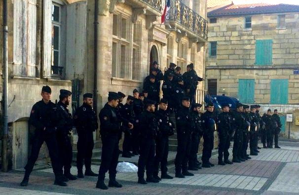 Gendarmes à Bar-le-Duc, 5 février 2019 (© Lorène Lavocat :Reporterre)