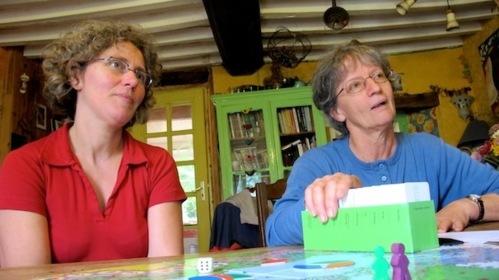 Geneviève et Sylvie ont inventé pour vous le «trivial pursuit» paysan