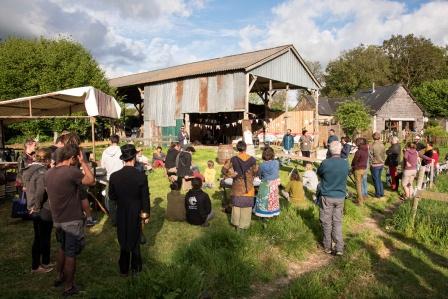 Rencontres à l'Eco domaine (photo : Eric Legret).