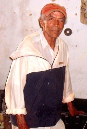 À Cuba, une vie  « entre les métaux »
