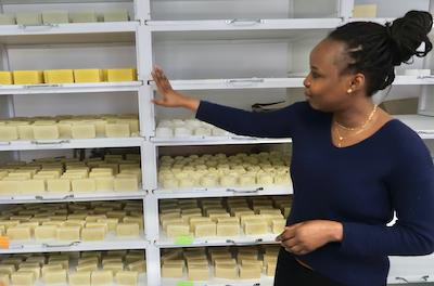 Yankimadji a créé son entreprise, ici, pour les femmes de là-bas, au Tchad