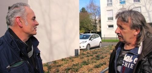 Les cégétistes Noël Alix (à g) et Michel Bourdon