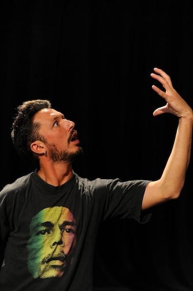 Alec Somoza, le conférencier provocateur