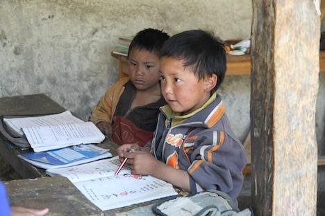 Climat : au Népal, des villageois et des Normands se battent