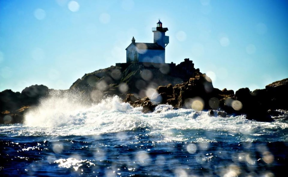 Phare de Tevennec, Mer d'Iroise. Photo de: Fred Tanneau, Photo reporter, co fondateur de Ar C'hannad