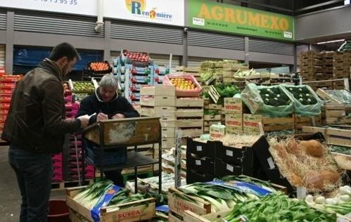 À Rungis, des tonnes de fruits « solidaires »