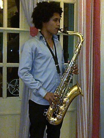  « Un arbre en jazz » à Cuba : une nouvelle histoire de l'ami Juan