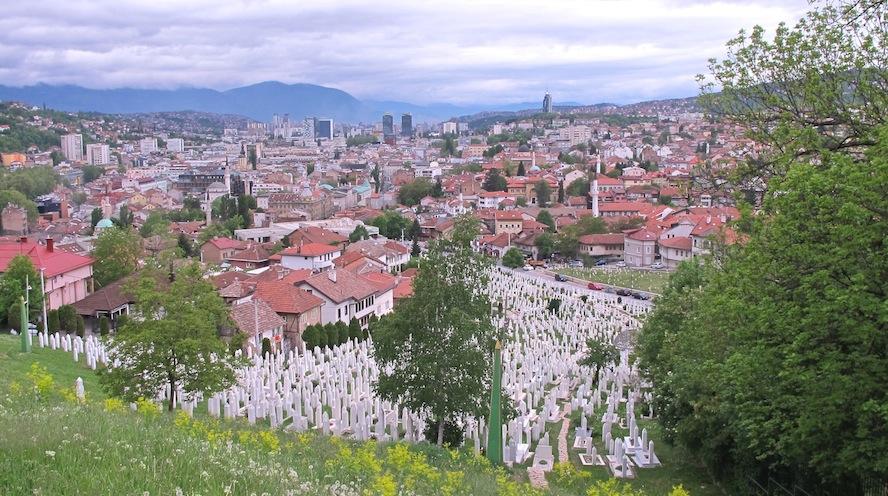 Le général Divjak lutte toujours pour la paix à Sarajevo