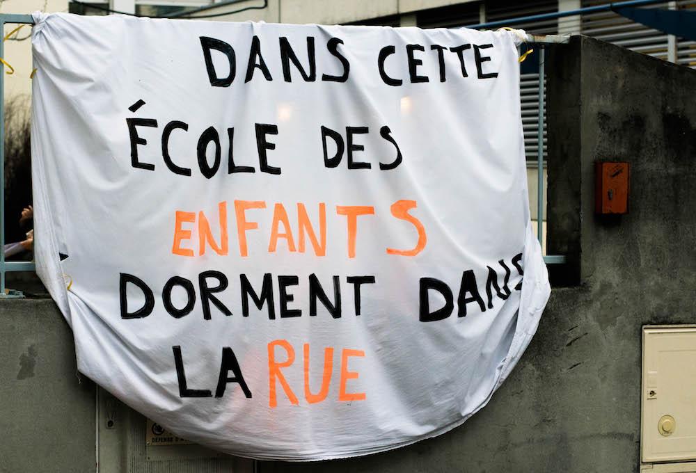 À Lyon, parents d'élèves et enseignants logent des écoliers sans-abri