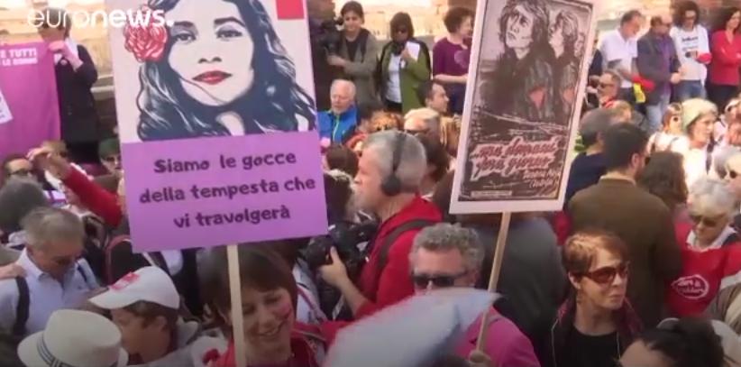 Du Vatican à Vérone, mobilisation féminine en Italie
