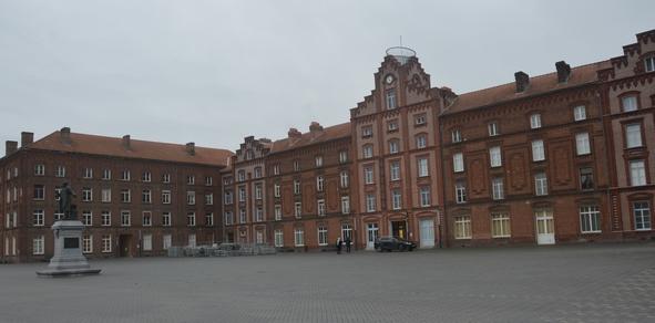 Le Palais social, premier bâtiment du familistère, est aujourd'hui un musée.