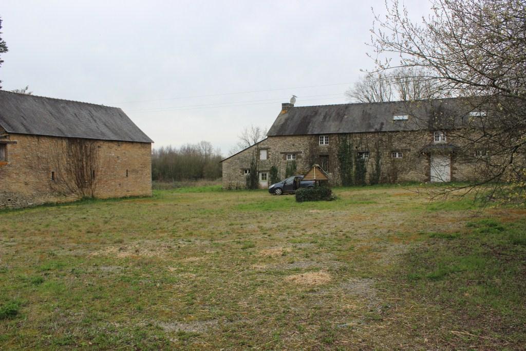 Les anciens bâtiments de la ferme de Cranhouët cherchent toujours un locataire...