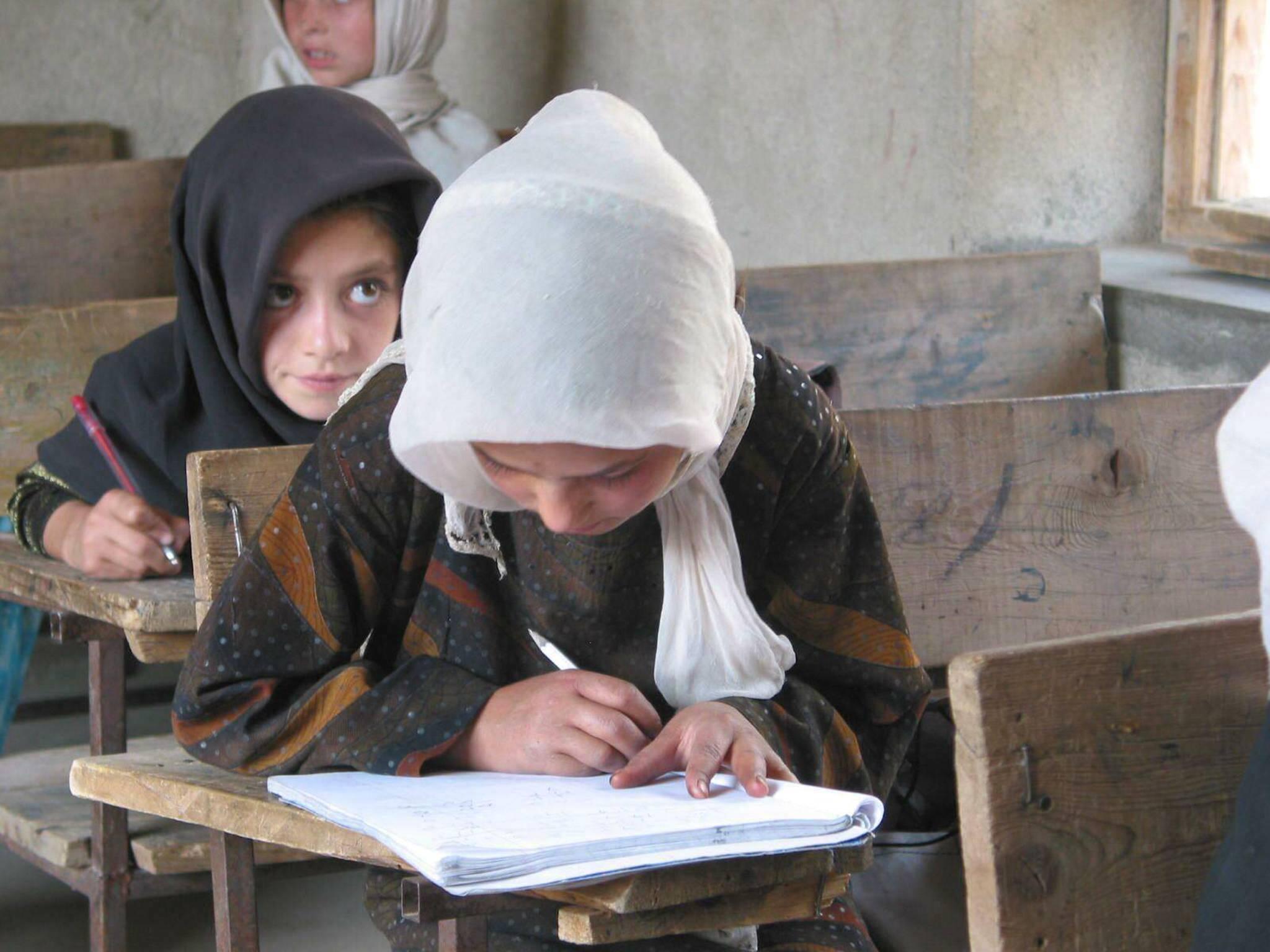 En 2005, dans une école créée par l'association bretonne Darah-Afghanistan - © Michel Rouger
