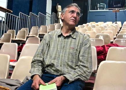 Dans la salle du théâtre, lors d'un atelier pour enfants