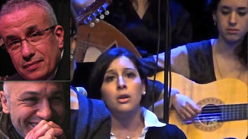 Kamel Dafri (en bas), Aziz Djemaï et l'ensemble de musique arabe-andalouse El Mawsili