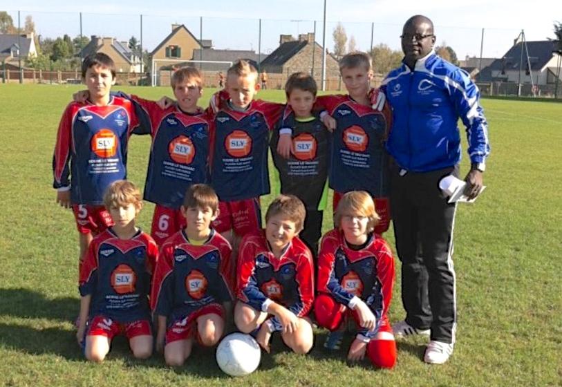 Depuis qu'il est en France, Touré a mis sont charisme d'entraineur au service du football amateur.