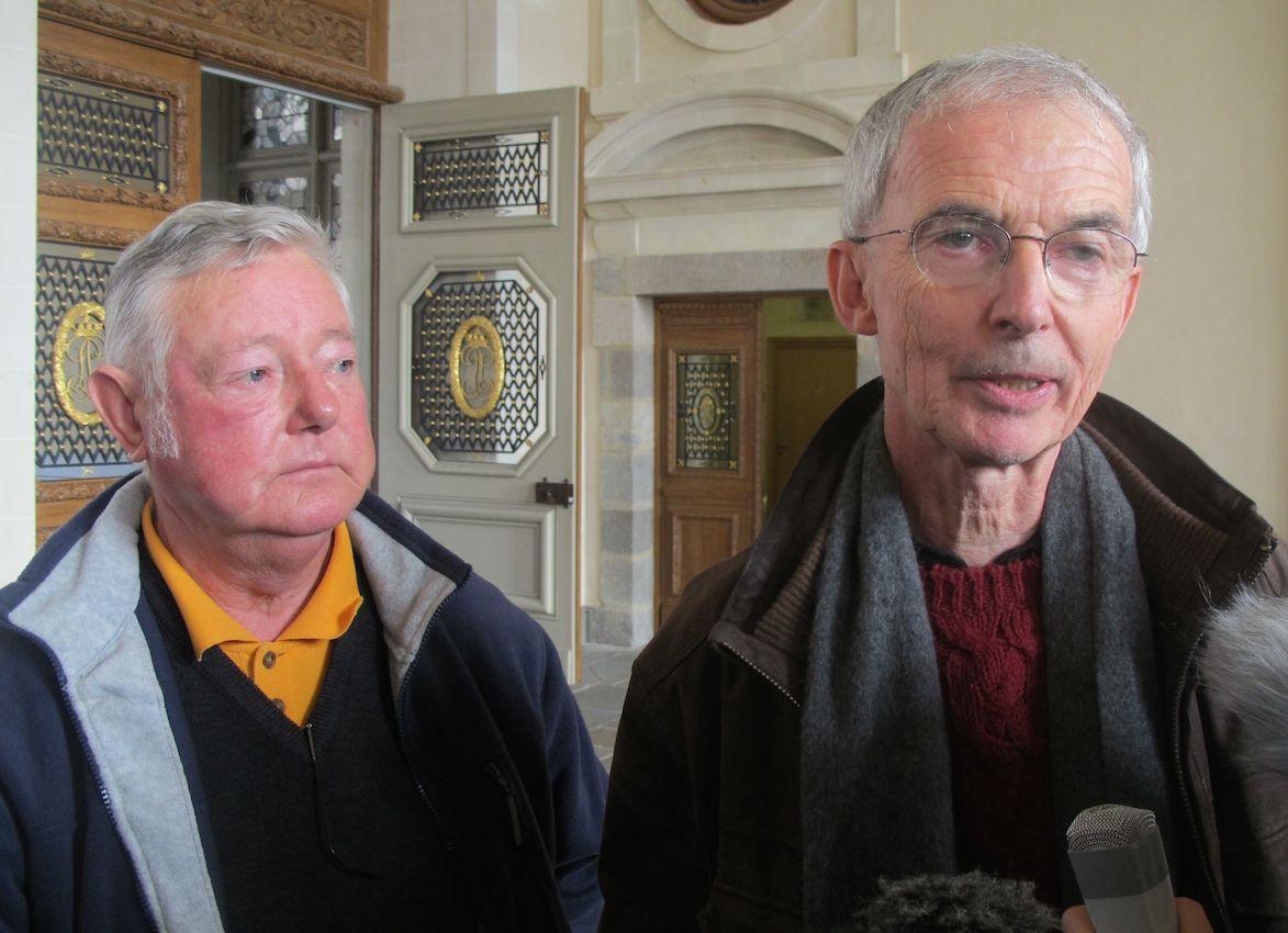 Le 1er décembre 2015, à la sortie de la Cour d'Appel de Rennes, aux côtés de Raymond Pouliquen, l'un des ouvriers empoisonnés