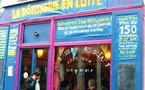 À Paris, le restaurant associatif La Rôtisserie résiste...