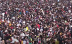 Face à la répression, les Kurdes célèbrent en foule Newroz, la fête du printemps