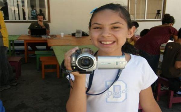 La caméra qui brise les murs