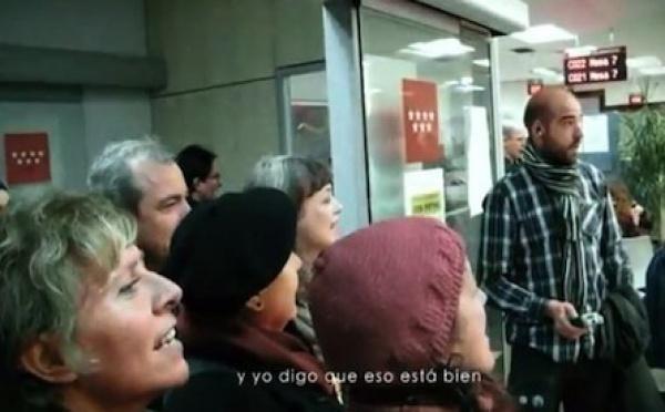 """Madrid : soudain, au """"Pôle Emploi"""", des musiciens..."""