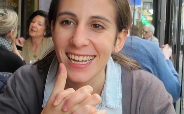 Soazig, 24 ans, offre son savoir aux petites entrepreneures du Sud