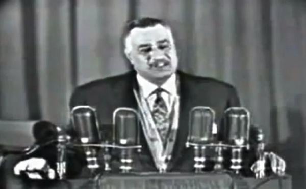 Nasser, le grand leader égyptien, et le port du voile