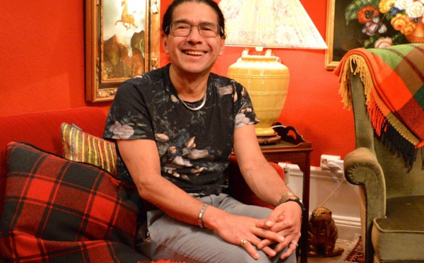 Migrant, ancien SDF, Bienvenido aide les Roms de Stockholm