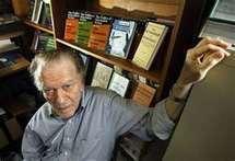 Sur les barricades, le livre de Gene Sharp, le vieux théoricien