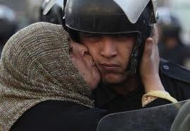 Au Caire, la jeunesse enseigne les compétences nécessaires au dialogue
