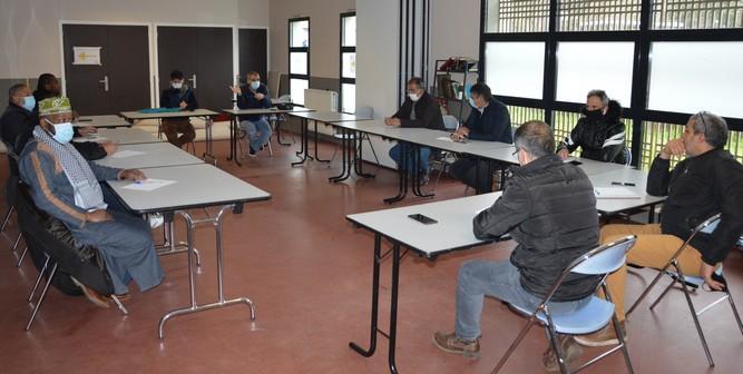 Dès le dimanche 11 avril plusieurs représentants de mosquées de Rennes se sont réunis