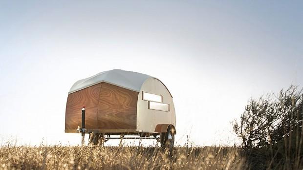 Une caravane ou un camping car, transformés en studio mobile...